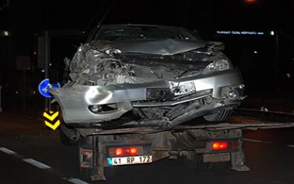 Otomobil ile halk otobüsü  çarpıştı: 1 kişi yaralandı