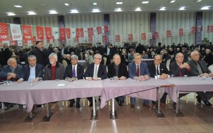 CHP'li adaylardan gövde gösterisi