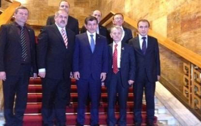 Kırım Tatar liderleri, Davutoğlu ile görüştü