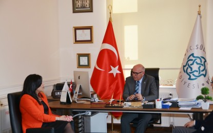 Candan Yüceer Başkan Eşkinat'ı Ziyaret Etti