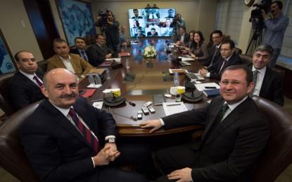 Müezzinoğlu, Anadolu Ajansı Editör Masası'na Konuk Oldu