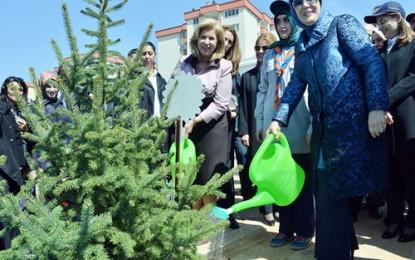 Emine Erdoğan Himayesinde 81 İlde Bereket Ormanları