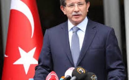 Başbakan Davutoğlu, 18 Mart Çanakkale Zaferi ve Şehitler Günü Vesilesiyle Çanakkale Şehitler Abidesi'nde Düzenlenen Törenlere Katıldı.