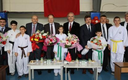 Okul Sporları Yenişehir'i Şenlendirdi
