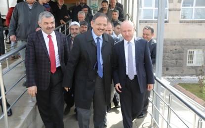 Başkanlar Cuma'yı Erkilet'te Kıldı