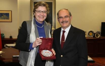 Almanya İstanbul Başkonsolosu'ndan  Büyükerşen'e Ziyaret