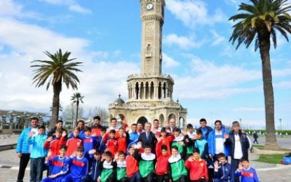 U12 Cup'da İzmir Dayanışması