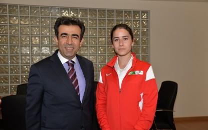 Gençlik Haftası Nedeniyle Gençlerden Kocaeli Valisi Hasan Basri Güzeloğluna Ziyaret