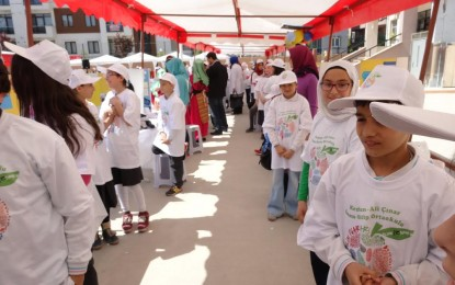 Kezban-Ali Çınar İmam-Hatip Ortaokulu Tübitak Bilim Fuarı'nda