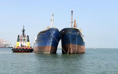 İki Gemi Kurtarıldı