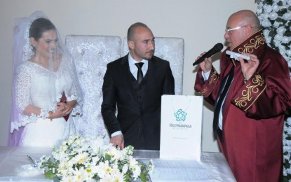 Yeni evlenen çiftlere nostaljik radyo Süleymanpaşa Belediyesi'nden