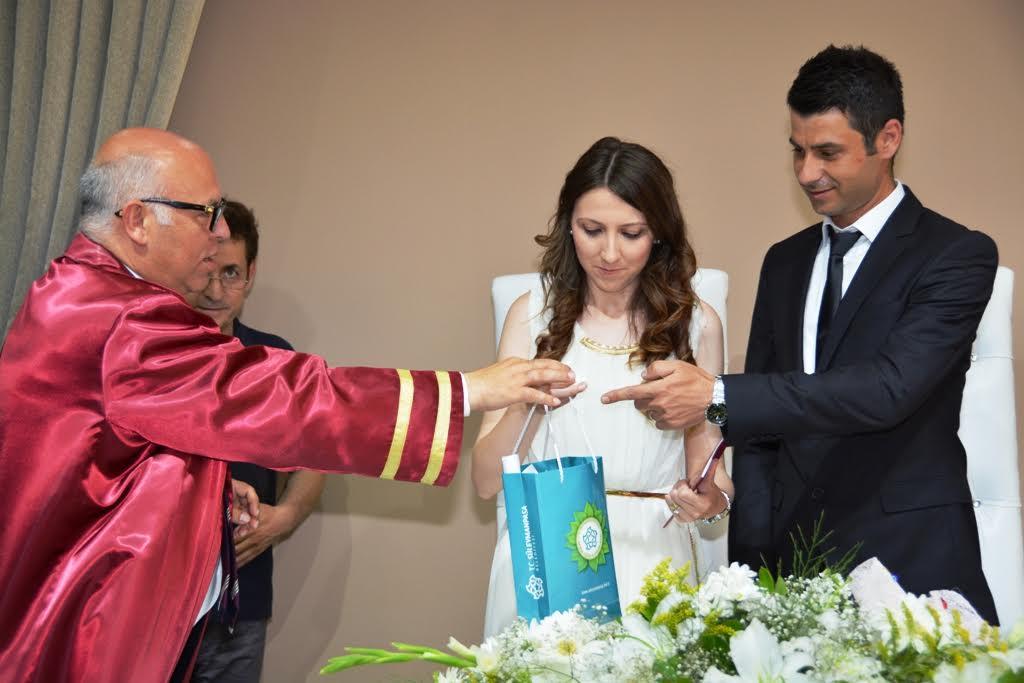 yeni evli.jpg1