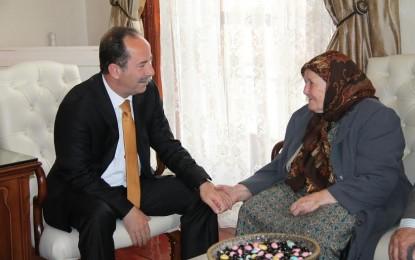 Edirne Belediye Başkanı Recep Gürkan, Anneler Günü nedeniyle yayınladığı mesajda, tüm annelerin anneler gününü kutladı