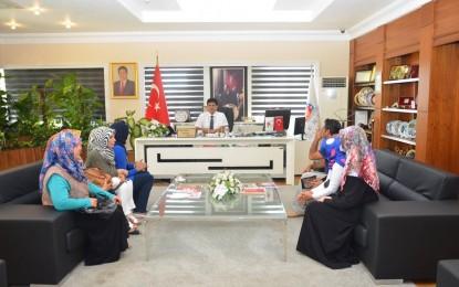 Şeker İlköğretim Okulu Velilerinden Başkan Gül'e Teşekkür Ziyareti