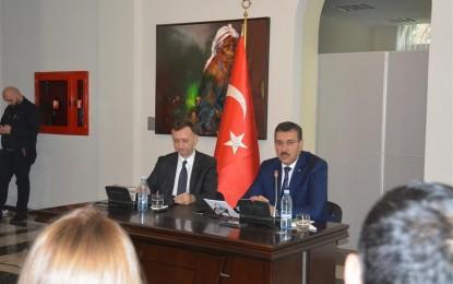 Bakan Tüfenkci, Gürcistan'da Türk İşadamlarıyla görüştü
