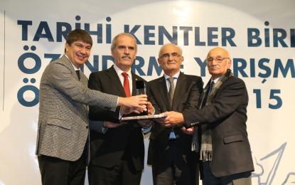 Başkan Recep Altepe'ye Büyük Ödül