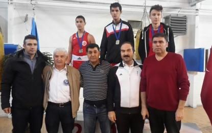 MESKİSPOR Boks takımı, Başöğretmen Atatürk İller Arası Boks Turnuvası'nda ikinci oldu