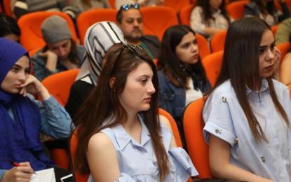 Prof. Dr. Yümni Sezen, Osmanlı'yla Türkiye'yi Kıyaslamak Mantıksız