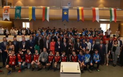 """Bozbey, """"Nilüfer Uluslararası Spor Şenliğimiz ile her yıl dünya barışı için sağlam temeller attığımıza inanıyorum"""""""