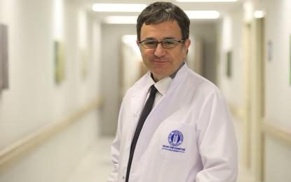 Okan Üniversitesi Hastanesi 'nden Yrd. Doç. Dr. Tayfun Hancılar;   Günde iki kaşıktan fazla bal tüketilmemeli