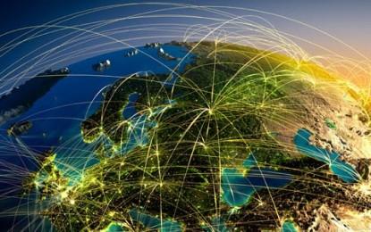1940: Gelecekte Uçan Arabalar Olacak 2017: Yetersiz İnternet Erişimi