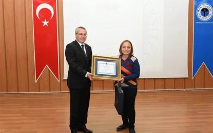 Şehit Öğretmen Şenay Aybüke Yalçın Anısına Düzenlenen Şiir Yarışması'nda Birincilik Kocaeli İline Gitti