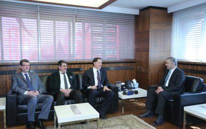 Kamu Başdenetçisi Şeref Malkoç; Kayseri'nin Türkiye'nin yol açan ve yön gösteren şehridir