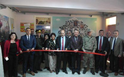 Türk Silahlı Kuvvetlerini Güçlendirme Vakfı Kütüphane Açtı