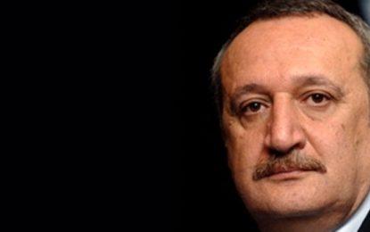 Mehmet Ağar iş dünyasına ve vatandaşlara seslendi
