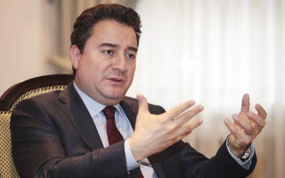 Ali Babacan, yeni partiyi yine erteledi