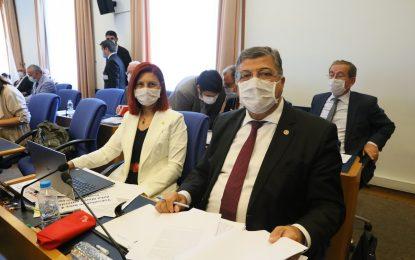 """CHP'li Sındır; """"tek merkezci ve yasakçı bu zihniyet matbaayı da 200 yıl engellemişti"""""""