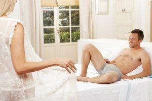 Cinsel ilişkiyi başlatmanın 9 yolu